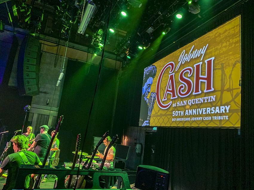 Def Americans: Johnny Cash, Paard