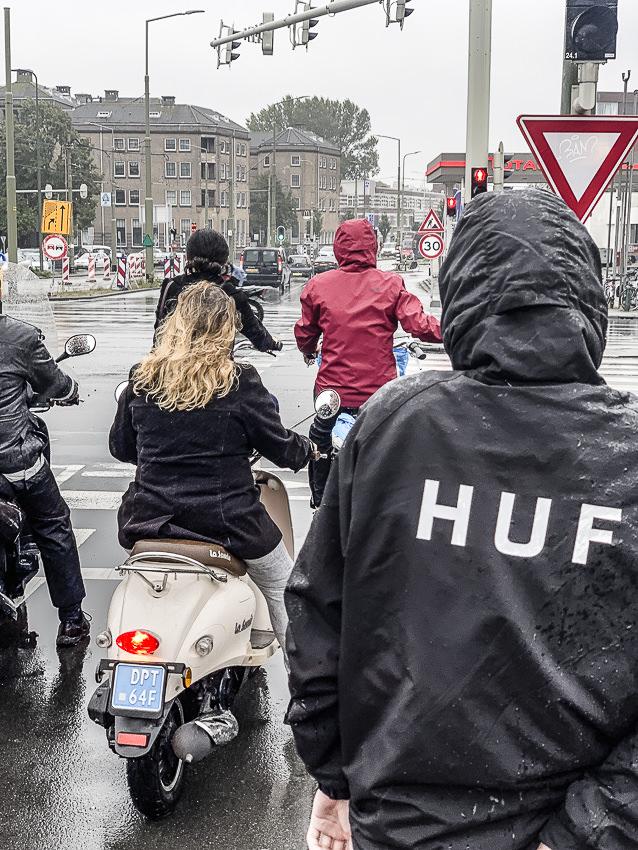in de regen op de fiets #2