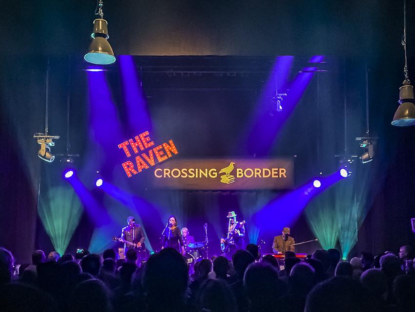 The Delines, Crossing Border